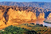 (经典纯玩)甘肃兰州景泰黄河石林1日游(赠送特色餐、电瓶车、游船、羊皮筏子)