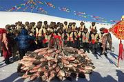 哈尔滨吉林八景之一查干湖冬捕一日游ღ品尝查干湖特色全鱼宴ღ感受神奇神圣冬捕