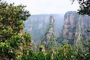 湘西7日游长沙-张家界森林公园-天门山玻璃栈道-黄龙洞-凤凰-德夯苗寨