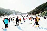 赠送旅游意外险 南昌出发到铜鼓七星岭高山户外激情滑雪一日游