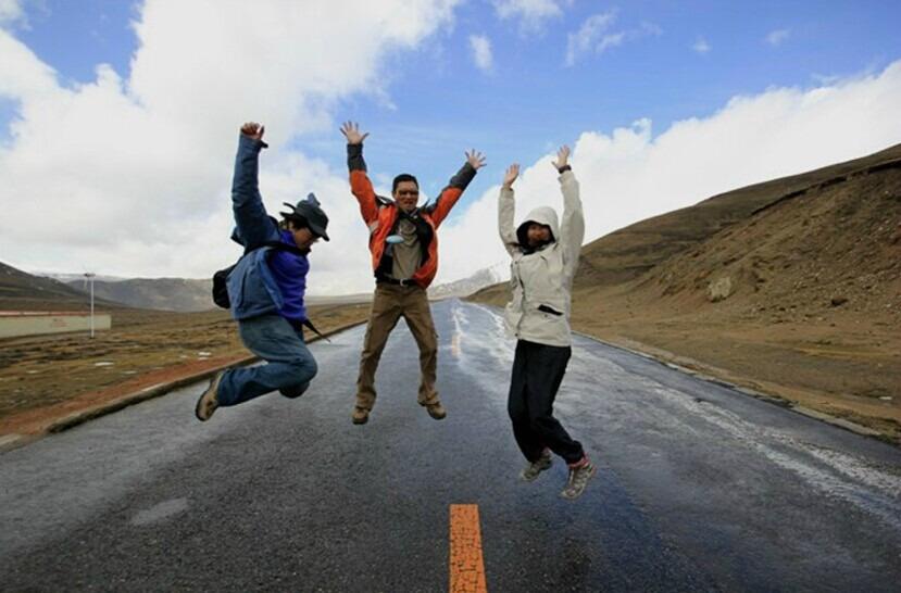 银川-武威-张掖-嘉峪关-敦煌旅游包车
