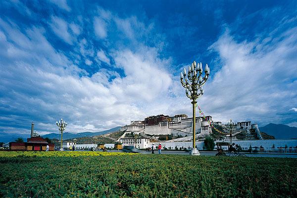 这是旅行者和朝圣者的终极天堂,这里神秘的文化会让你知道:一生中至少要去一次西藏!