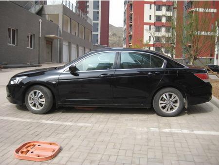 专车等候,安全舒适,您的专属私人移动空间