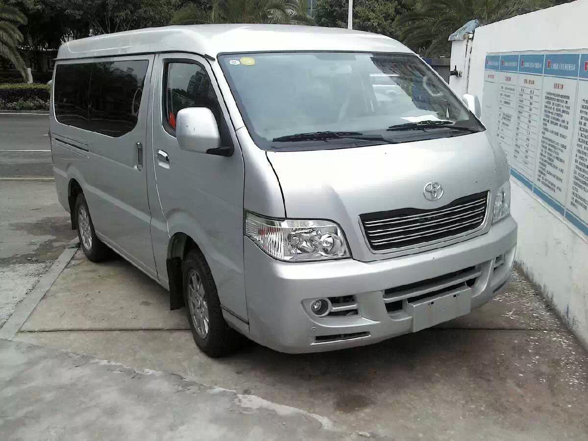 丰田海狮包车(11+3座)