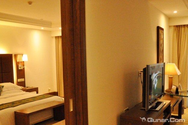 白水寨+2天1晚广州碧桂园金叶子温泉度假酒店