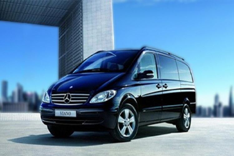 摩洛哥马拉喀什机场送机 所有车型一个价 依您的人数和行李数随机配车