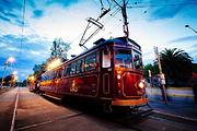 墨尔本复古殖民电车餐厅(精致西餐+两侧街景+优雅的管弦乐+亚拉河畔的风景)