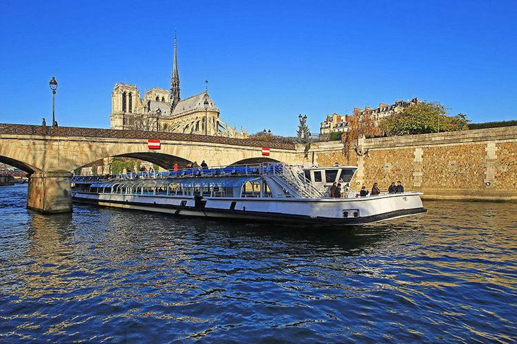 巴黎塞纳河(Seine River)随上随下观光游船1日/2日通票