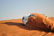 阿联酋迪拜沙漠之夜:冲沙+日落+星空夜景+日出(含四轮摩托车体验+早晚餐)