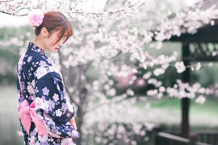 东京浅草和服租赁:多种款式+穿着和服游览浅草寺晴空塔+含头发造型+物品寄放