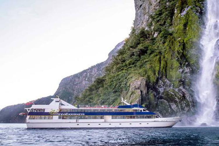 新西兰旅游自由行 米尔福德峡湾风景观光巡游一日游蒂阿瑙皇后镇