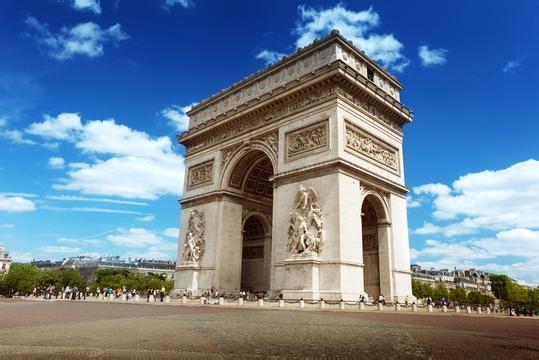 一价全含<德法意瑞13天>比萨大教堂广场+雪朗峰+卢浮宫+双船+威尼斯特色餐