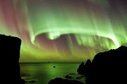欧洲旅游:冰岛五日极光奇幻之旅| 带您体验前所未有的冰岛蓝湖温泉/目睹极光之美