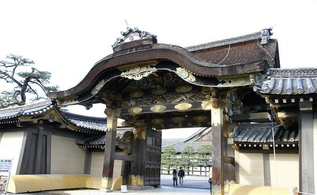 京都半日游(京都御所、金阁寺、二条城)