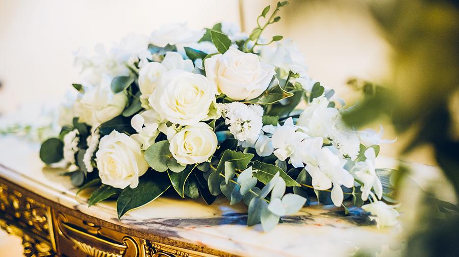旅游婚礼意大利罗马城堡婚礼酒窖晚宴唯美花艺入住城堡音乐伴奏