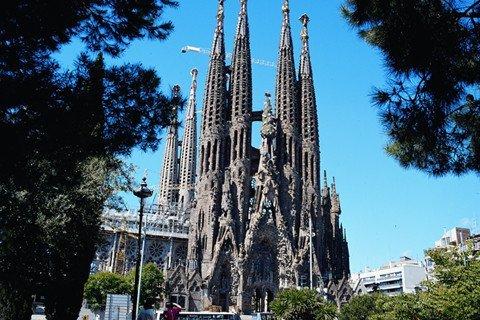 西班牙+葡萄牙11-13天|奥莱购物+巴塞罗那+塞利维亚+马德里皇宫+直飞