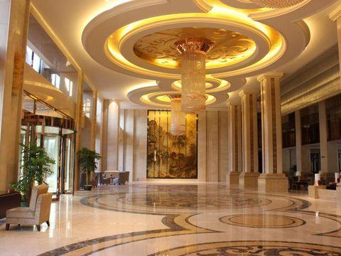 住土楼王子大酒店 ,自选天子温泉旅游度假区、永定土楼等