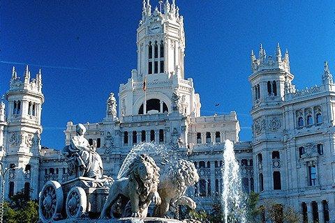 西班牙葡萄牙12日 首航直飞 全程四星 入内参观西班牙皇宫和阿尔罕布拉宫