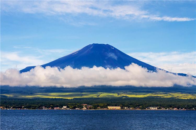 (一人成团&天天发团)日本东京富士山1日 河口湖+忍野八海+御殿场奥莱或温泉