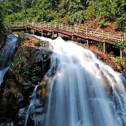 盘龙峡生态旅游区