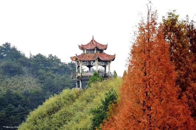 葛仙山旅游