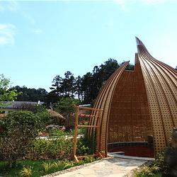 太阳谷生态园养生汤泉水上乐园