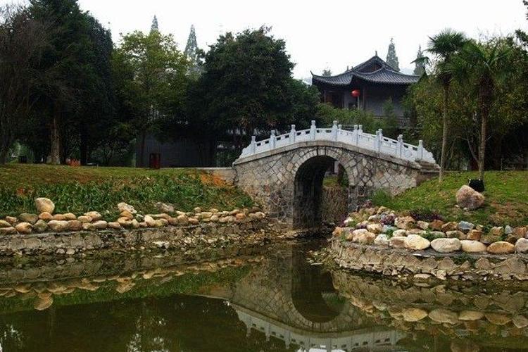 挹翠湖公园旅游