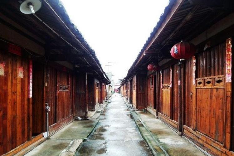 琴江满族村旅游