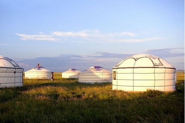 葛根敖包草原旅游度假村旅游