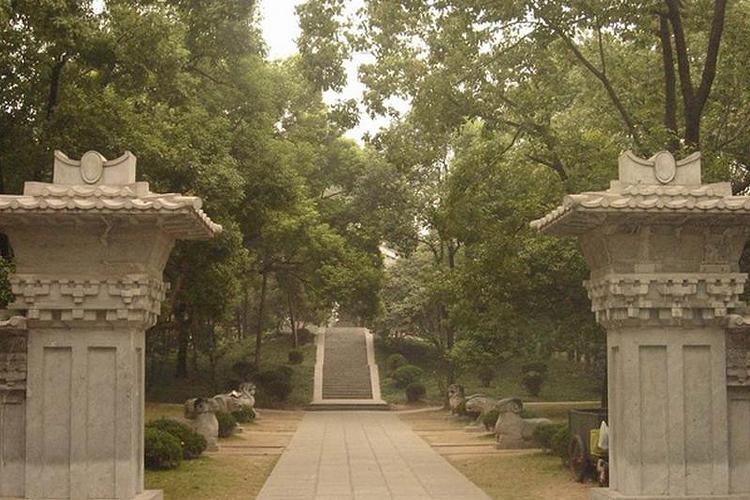 梵王寺墓群旅游