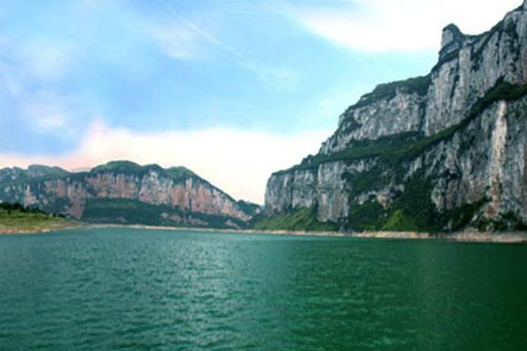 东风湖旅游