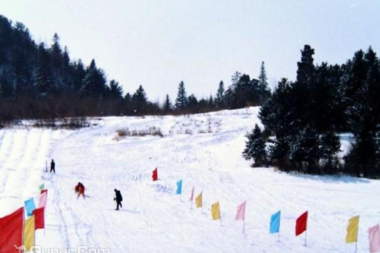 石猴山滑雪场旅游