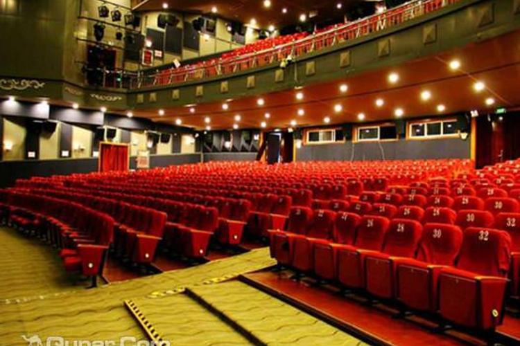 大理巨幕影院旅游