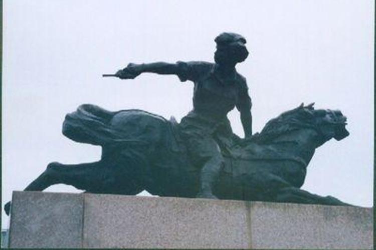 李林烈士纪念园旅游
