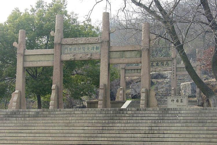 仲雍墓旅游
