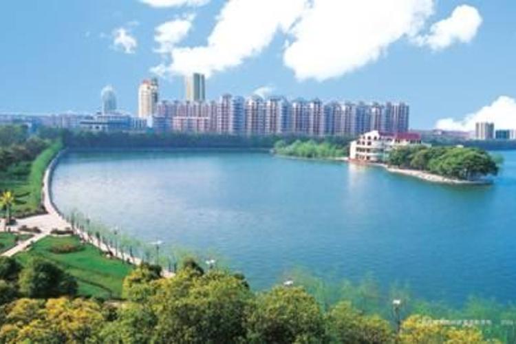 青山湖区旅游
