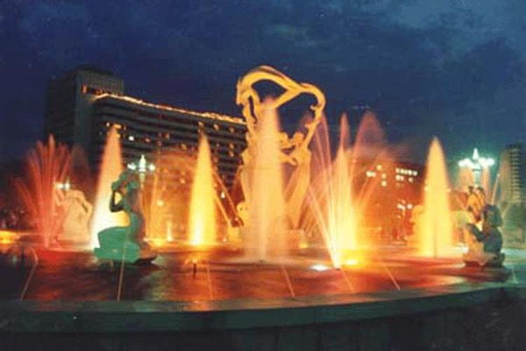 武林广场旅游