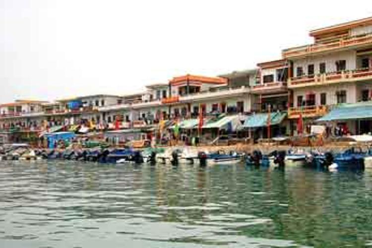 东升渔村旅游