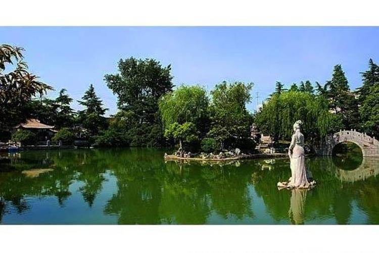 凤凰公园旅游