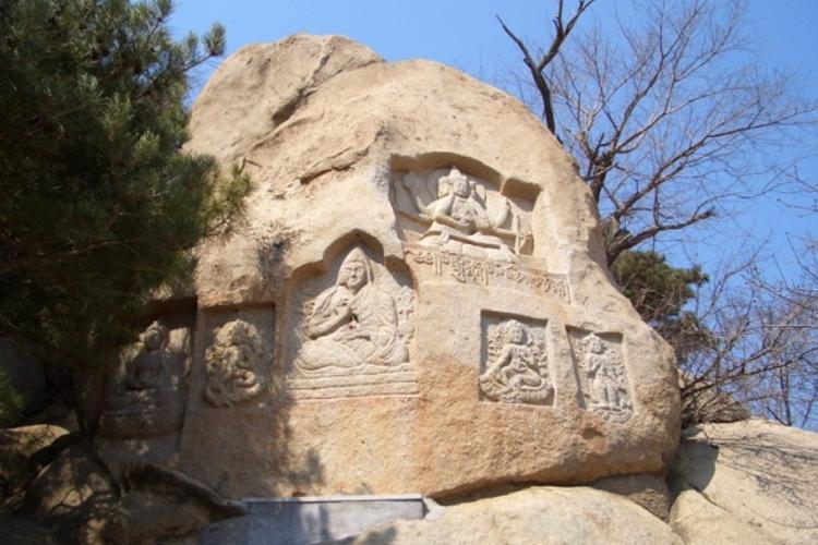 窄涧谷太平寺摩崖造像旅游