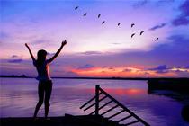杭州千岛湖夜游+九龙溪激情漂流畅玩2日游 宿千岛湖绿城度假豪华湖景房1晚