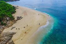 海南万宁石梅湾加井岛潜水一价全包,水质清澈,海南第二个马尔代夫