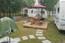 房车,野营,给你车轮上的家1晚途居扬州国际露营地房车,游滨江湿地森林公园