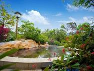 江门2日游入住江门古兜温泉小镇(山海度假公寓),畅泡古兜会所温泉,度过悠闲的时光。