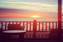海滩避暑-北戴河入住1晚北戴河北华园观海酒店+2人碧螺塔海上酒吧公园门票