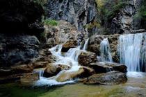 云台山双人两日游,览云台山、潭瀑峡、泉瀑峡、猕猴谷、万善寺、峰林峡
