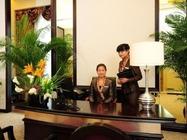 陕西温泉季入住咸阳海泉湾维景国际大酒店1晚,享双份中西自助早餐,双人咸阳海泉湾温泉世界票