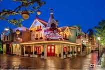 2日无限次畅游上海迪士尼乐园2日游宿迪士尼乐园酒店豪华花园房1晚+2日票2张