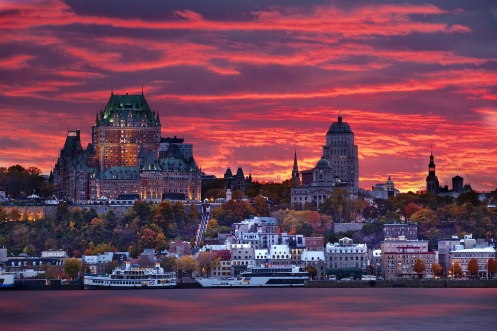 加拿大多伦多+尼亚加拉瀑布+金斯顿+渥太华+蒙特利尔+魁北克市10日8晚自由行·多伦多进蒙特利尔出 东海岸醉美枫景之旅 一键可选自驾包
