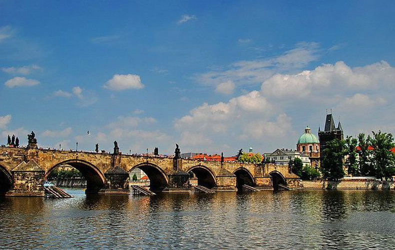 金钻德国10日 全程四星+含柏林德国7大城市+罗腾堡+赠送布拉格游览W